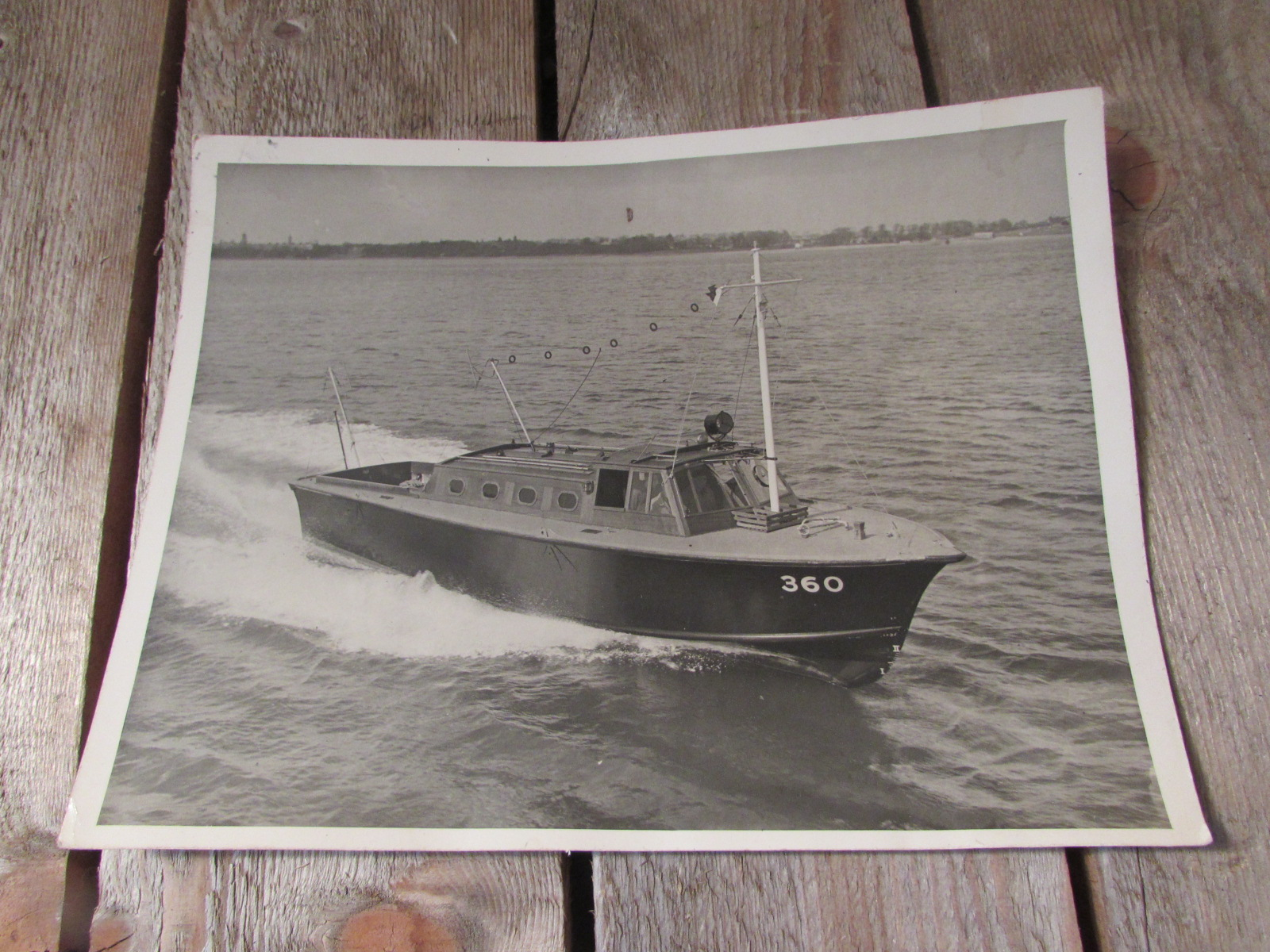 1941 Photo of the R.A.F. launch boat No. 360